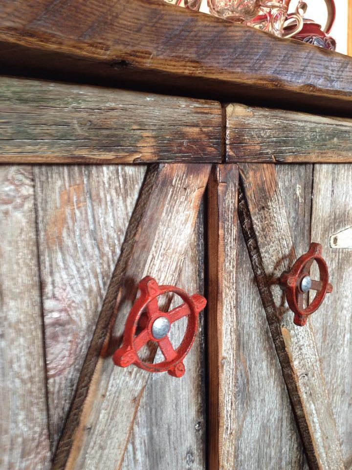 Salvaged Barnwood Furniture